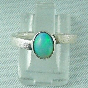 2.58 gr Opalring, Silberring mit Welo Opal 0.63 ct