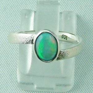 2.59 gr Opalring, Silberring mit Welo Opal 0.64 ct