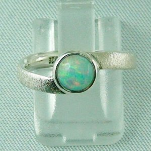 2.63 gr Opalring, Silberring mit Welo Opal 0.76 ct