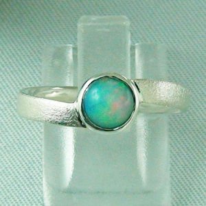 2.62 gr Opalring, Silberring mit Welo Opal 0.63 ct