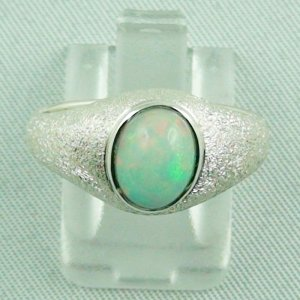 4.54 gr opalring, silver ring with Welo Opal 1.31 ct