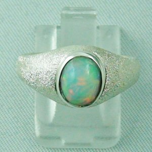 4.44 gr opalring, silver ring with Welo Opal 1.24 ct