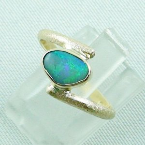 2.70 gr. opalring, 14k gold ring with opal, 0.86 ct semiblackopal, pic2
