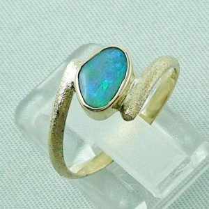 2.70 gr. opalring, 14k gold ring with opal, 0.86 ct semiblackopal, pic3