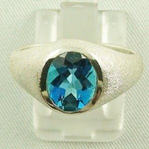 Bluetopazring, 5.20 gr silver ring with blue topaz 3.11 ct