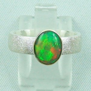 5.51 gr opalring, silver ring women with Welo Opal 1.07 ct