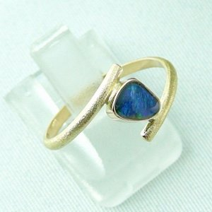 2.33 gr opalring, 18k / 750 goldring with 0.40 ct Black Opal, pic6