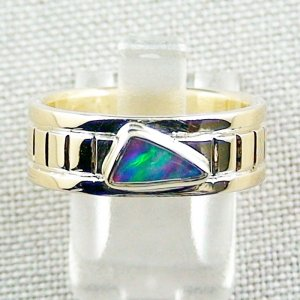 9.96 gr 14k gold ring, opalring with 0.58 ct Top Black Opal