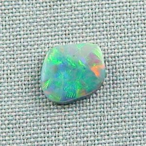 2,77 ct Black Crystal Opal 13,12 x 11,29 x 2,95 mm