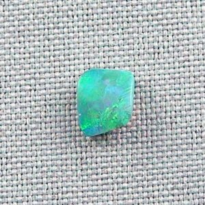 1,88 ct Black Crystal Opal 8,45 x 6,99 x 4,40 mm