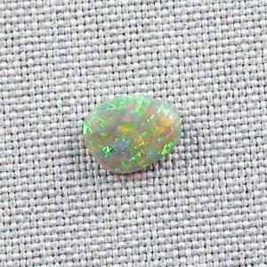 1,30 ct Black Crystal Opal 9,30 x 7,24 x 3,29 mm