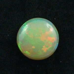 7.44 ct Welo Opal gemstone 15.42 x 15.65 x 6.52 mm