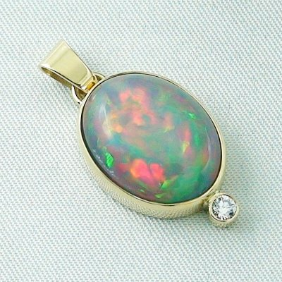 5.42 gr. gold pendant with 10.64 ct Welo Opal, pic6
