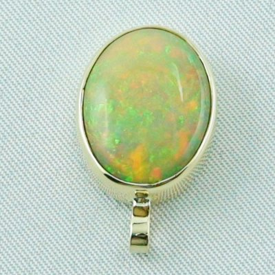 4.78 gr. Gold pendant with 7.67 ct Welo Opal, pic4