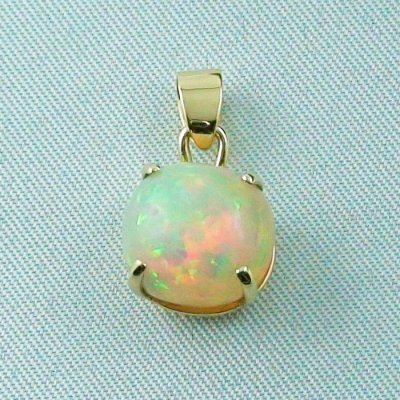 opalpendant, gold pendant 18k with Welo Opal, diamond, pic1