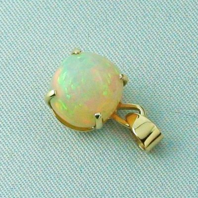 opalpendant, gold pendant 18k with Welo Opal, diamond, pic3