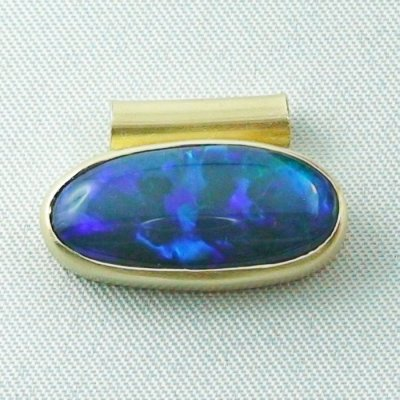 4.09 gr opalpendant, gold pendant 18k, black crystal opal 7.15 ct, pic1