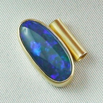 4.09 gr opalpendant, gold pendant 18k, black crystal opal 7.15 ct, pic2
