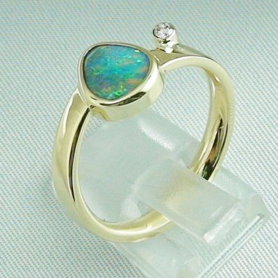 7,27 gr opalring, 14k goldring, ladies ring, black crystal opal and diamond, pic3