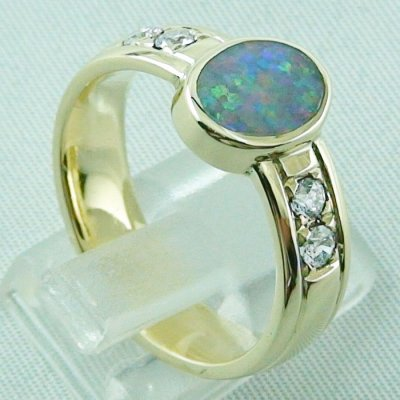 10.13 gr opalring, 14k goldring, ladies ring semi black opal and diamonds, 5