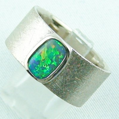 17.79 gr opalring, whitegoldring with Black Crystal Opal 1,34 ct, men's ring, pic2