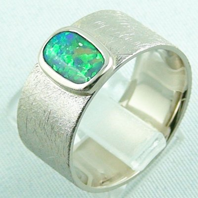 17.79 gr opalring, whitegoldring with Black Crystal Opal 1,34 ct, men's ring, pic3
