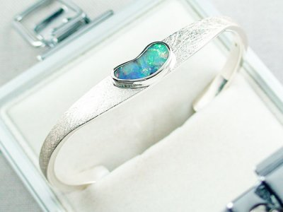 27.02 gr bangle silver 935 with Boulder opal 3.26 ct, pic3