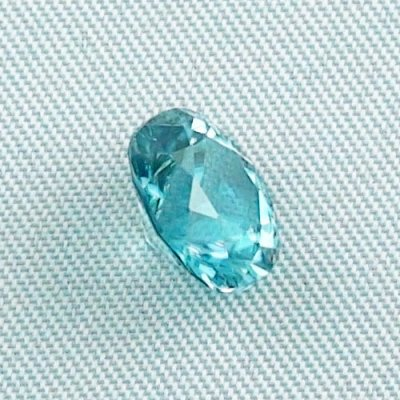 3.66 ct zircon gemstone jewelry stone 8.92 x 7.98 x 5.78 mm, pic5