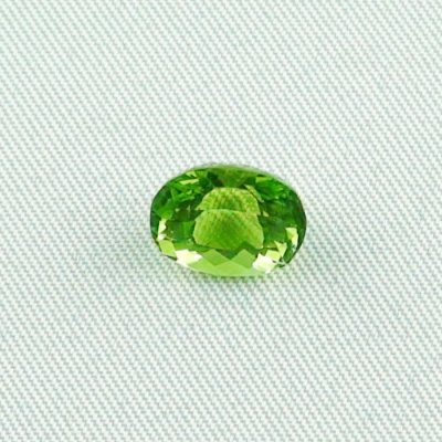 3.52 ct peridot gemstone jewelry stone 9.75 x 7.84 x 6.53 mm, pic1