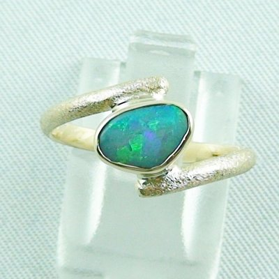 2.70 gr. opalring, 14k gold ring with opal, 0.86 ct semiblackopal, pic1