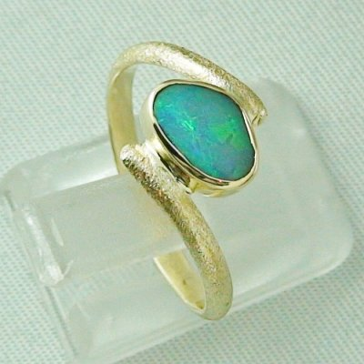 2.70 gr. opalring, 14k gold ring with opal, 0.86 ct semiblackopal, pic5