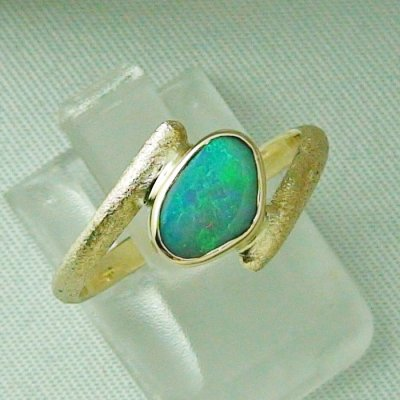2.70 gr. opalring, 14k gold ring with opal, 0.86 ct semiblackopal, pic6