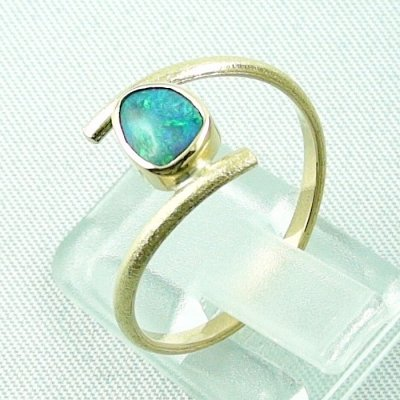 Opalring, 2.69 gr. goldring 18k with Black Crystal Opal 0.64 ct, pic3