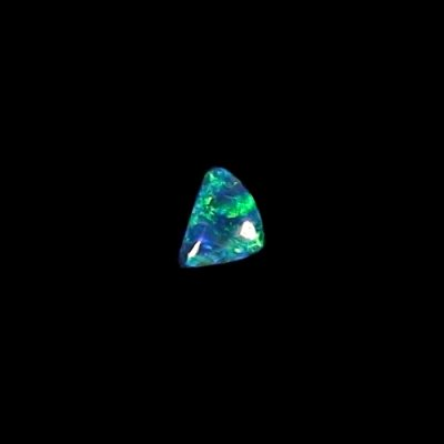 0.52 ct Black Opal gemstone 7.03 x 5.01 x 2.45 mm, pic2