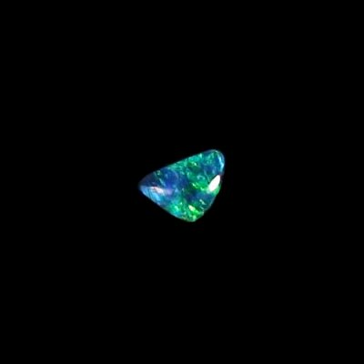 0.52 ct Black Opal gemstone 7.03 x 5.01 x 2.45 mm, pic3