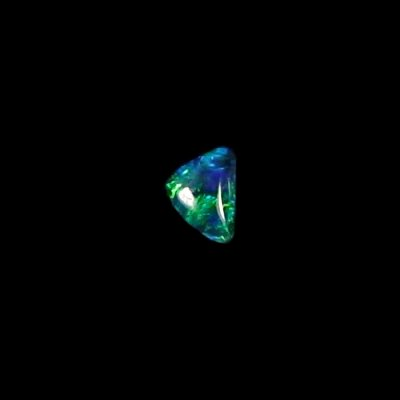 0.52 ct Black Opal gemstone 7.03 x 5.01 x 2.45 mm, pic5